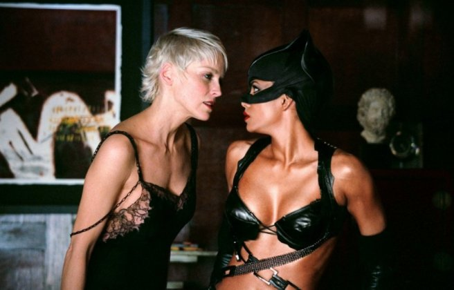 Halle Berry, Sharon Stone catwoman-2004-16-g