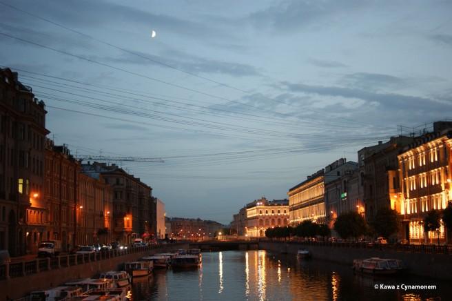 Petersburg - Newski Prospekt w nocy